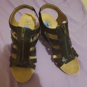 Life Stride W.7.5 Wedge heel zipper Sandal support